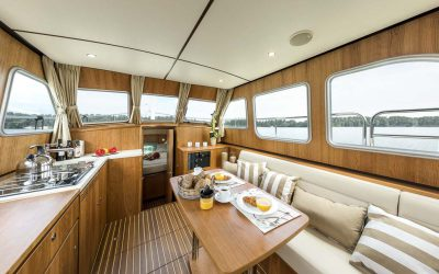 Linssen-Grand-Sturdy-35-0-AC // Dutch Yacht Rentals